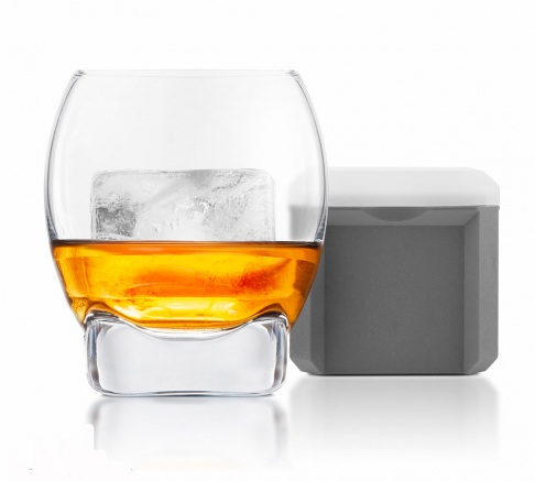 Final Touch Colossal Ice Cube Whisky Glass
