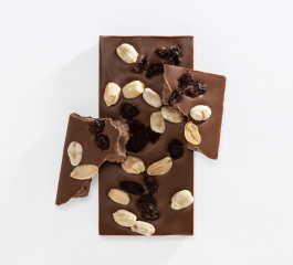 Charlotte Piper Peanut and Raisin Milk Choc 50g