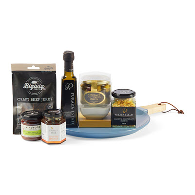 nibbles and nosh gourmet platter birthday hamper ideas